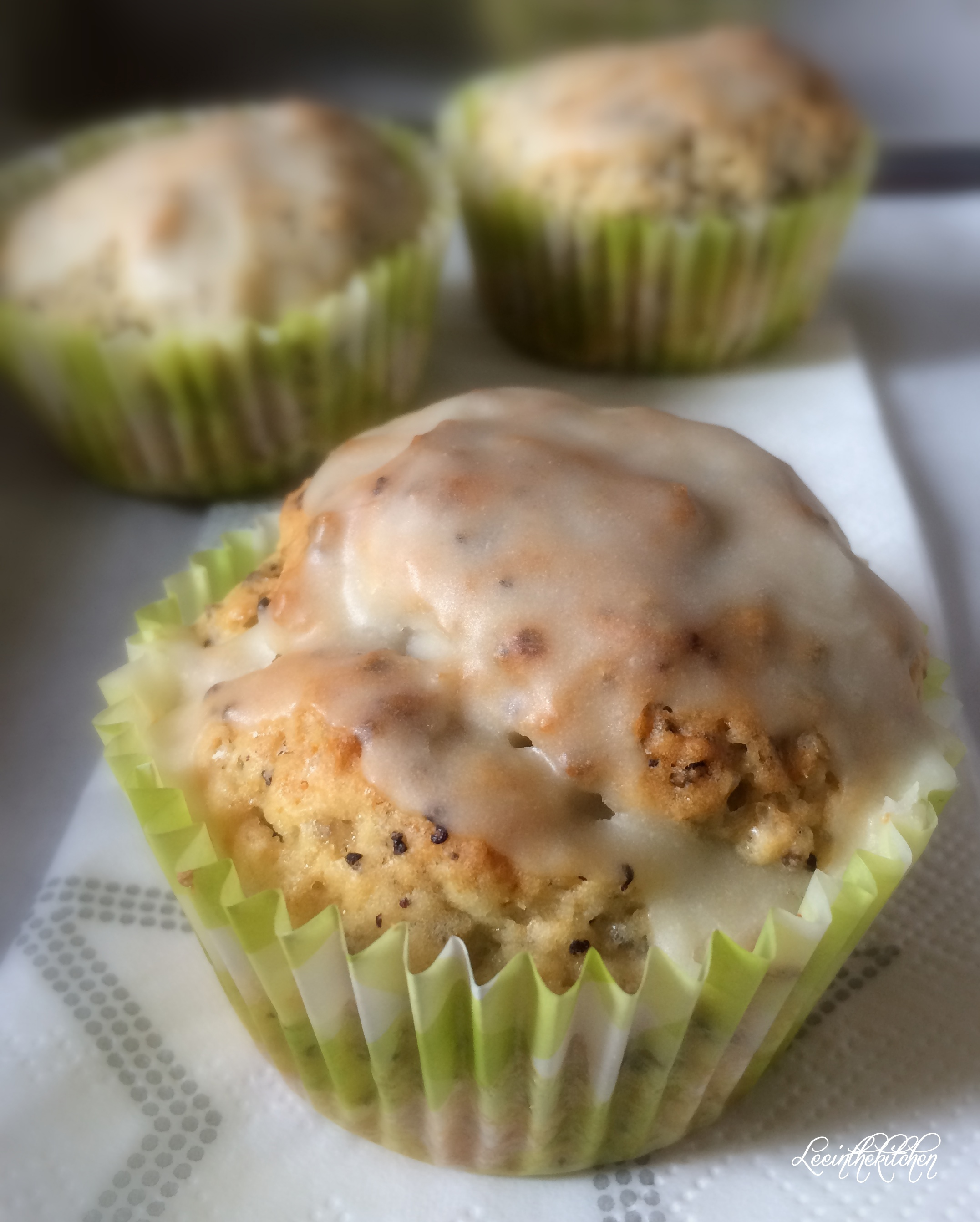 orange chia poppy seed muffins leeinthekitchen. Black Bedroom Furniture Sets. Home Design Ideas